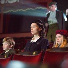 Il segreto: Rooney Mara al cinema in una scena del film