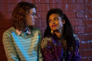 Black Mirror: le attrici Mackenzie Davis e Gugu Mbatha-Raw in San Junipero