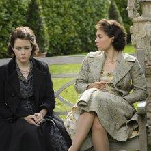 The Crown: Claire Foy e Vanessa Kirby nel sesto episodio