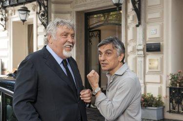Non si ruba a casa dei ladri: Vincenzo Salemme e Maurizio Mattioli scherzano sul set