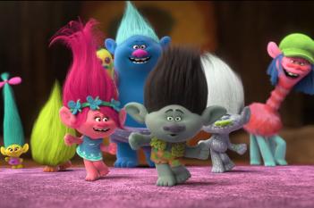 Trolls: un momento del film d'animazione