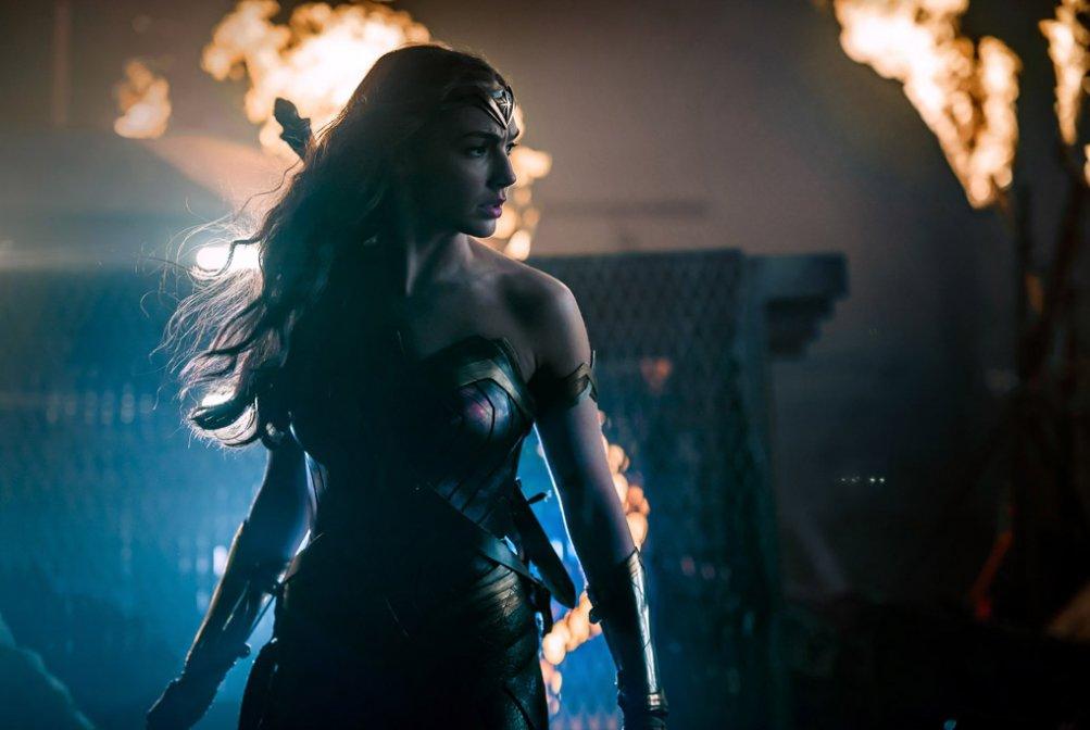 Justice League: una nuova foto di Gal Gadot nel ruolo di Wonder Woman