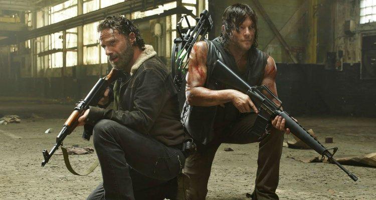 The Walking Dead: il video-riassunto di John Cleese sulle prime 6 stagioni è esilarante