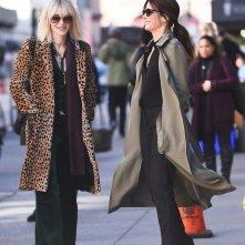 Ocean's Eight: Cate Blanchett e Sandra Bullock in una foto scattata sul set