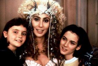 Sirene: un'immagine del trio Cher, Winona Ryder e Christina Ricci