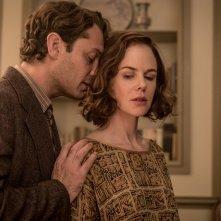 Genius: Nicole Kidman e Jude Law in una scena del film