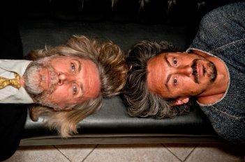 In bici senza sella: Michele Bevilacqua e Luca Scapparone in una scena del film