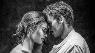 Kenneth Branagh Theatre Company - Romeo e Giulietta: Lily James e Richard Madden in un'immagine promozionale