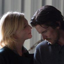 Knight of Cups: Cate Blanchett e Christian Bale in una scena del film