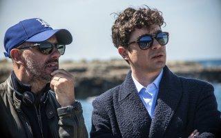 La cena di Natale: il regista Marco Ponti e Riccardo Scamarcio sul set del film