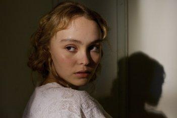 The Dancer: Lily-Rose Melody Depp in un'immagine del film