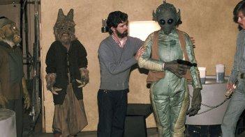 Elstree 1976: un giovane George Lucas sul set di Guerre Stellari in un'immagine del documentario