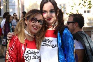 Lucca 2016: una coppia di Harley Quinn