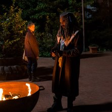 The Walking Dead: Melissa McBride e Khary Payton in una foto di The Well