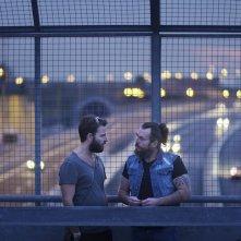Il più grande sogno: Mirko Frezza e Alessandro Borghi in un momento del film