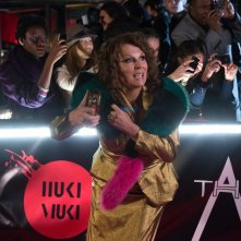 Absolutely Fabulous: The Movie, Jennifer Saunders in un momento del film