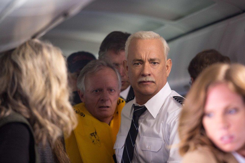 Sully: Tom Hanks in un momento del film