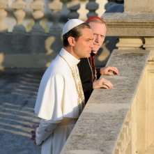 The Young Pope: un'immagine con Jude Law del settimo episodio