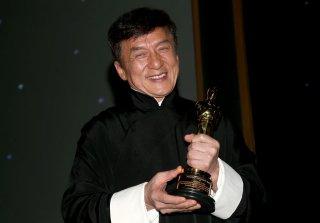 Jackie Chan ritira l'Oscar alla carriera ai Governors Awards! conl