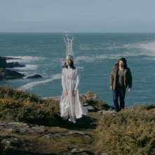 Marie et les naufragés: Vimala Pons e Pierre Rochefort in una scena del film