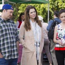 Una mamma per amica: Di nuovo insieme - Scott Patterson, Lauren Graham e Alexis Bledel in una foto della serie