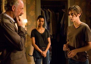 The Walking Dead: Xander Berkeley, Sonequa Martin-Green e Lauren Cohan in Go Getters