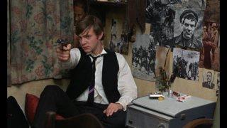 Malcom McDowell in una scena di If... di Lindsay Anderson
