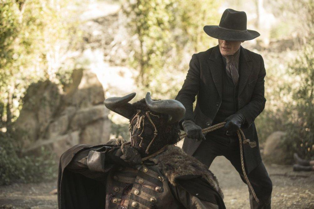 Westworld: Ed Harris in una foto della puntata Trace Decay
