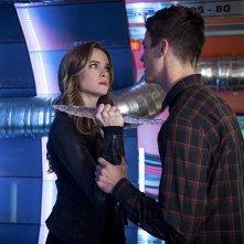 The Flash: Danielle Panabaker e Grant Gustin nella puntata Killer Frost