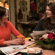 Una mamma per amica, di nuovo insieme: Lauren Graham e Alexis Bledel nell'episodio Primavera