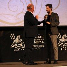 Mister Felicità: Alessandro Siani mentre presenta il film alla convention di 01 distribution a Sorrento