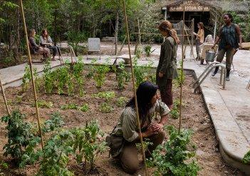 The Walking Dead: una foto dell'episodio Swear