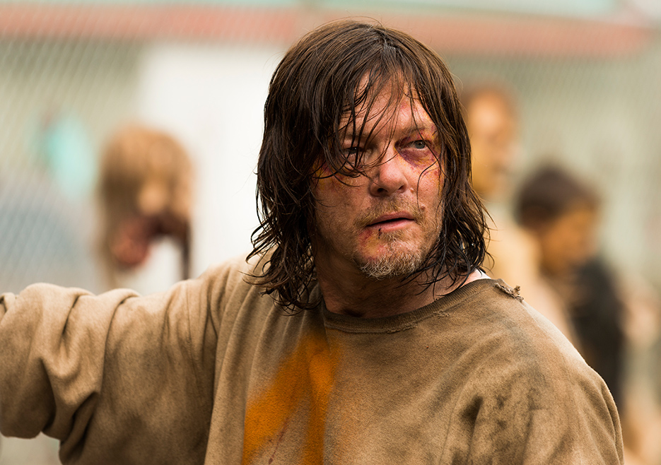 The Walking Dead: Norman Reedus in Sing Me a Song