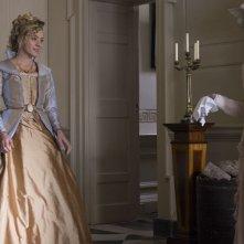 Amore e inganni: Chloë Sevigny e Jenn Murray in una scena del film
