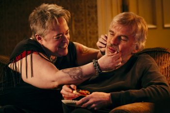 Babbo bastardo 2: Billy Bob Thornton e Kathy Bates in una scena del film