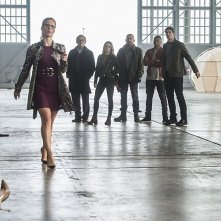 The Flash: Emily Bett Rickards in Invasion!