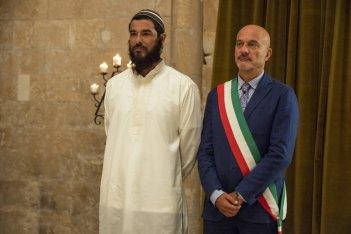 Non c'è più religione: Claudio Bisio e Alessandro Gassman in una scena del film