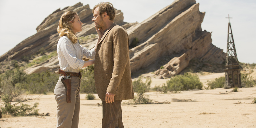 Westworld: Evan Rachel Wood e Jimmi Simpson in The Well-Tempered Clavier