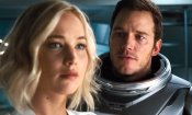 Passengers: Chris Pratt taglia via Jennifer Lawrence dai selfie