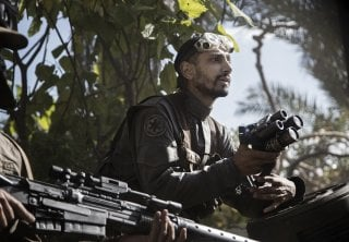 Rogue One: A Star Wars Story, Riz Ahmed in un momento del film