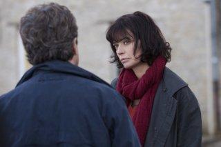 Il medico di campagna: Marianne Denicourt e François Cluzet in una scena del film