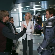 Passengers: il regista Morten Tyldum, Chris Pratt e Jennifer Lawrence sul set del film