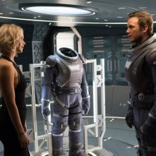 Passengers: Jennifer Lawrence e Chris Pratt in una foto del film