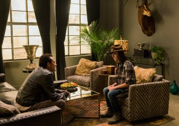 The Walking Dead: gli attori Jeffrey Dean Morgan e Chandler Riggs in Tu sei il mio sole