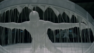 images/2016/12/05/westworld-1x01.png