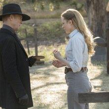 Westworld: Ed Harris ed Evan Rachel Wood in una foto di The Bicameral Mind