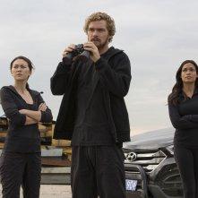 Iron Fist: Jessica Henwick, Finn Jones e Rosario Dawson