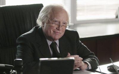 "Richard Dreyfuss presenta Bernie Madoff, ""un mostro"" in un mondo al collasso"