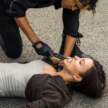 The Walking Dead: Christian Serratos nell'episodio Hearts Still Beating