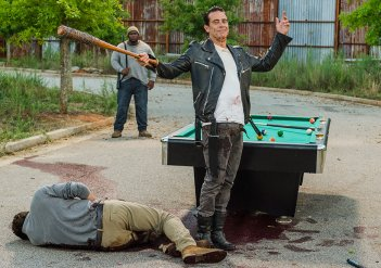 The Walking Dead: Jeffrey Dean Morgan in una foto della puntata Hearts Still Beating